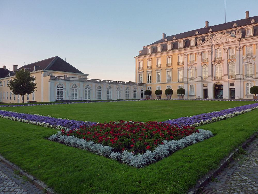 Schloss Augustusburg in der Abendsonne
