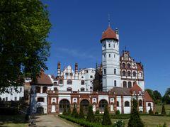Schloss Basedow am Malchiner See