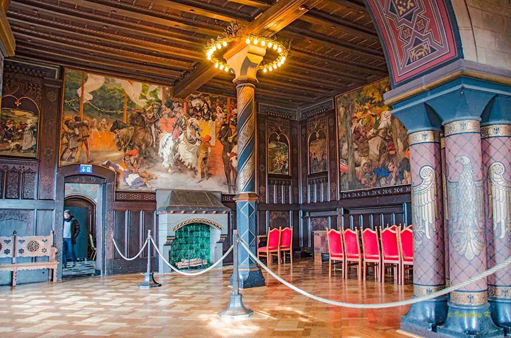 Schloss Burg - Rittersaal -2