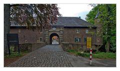 schloss burgau in düren (1)