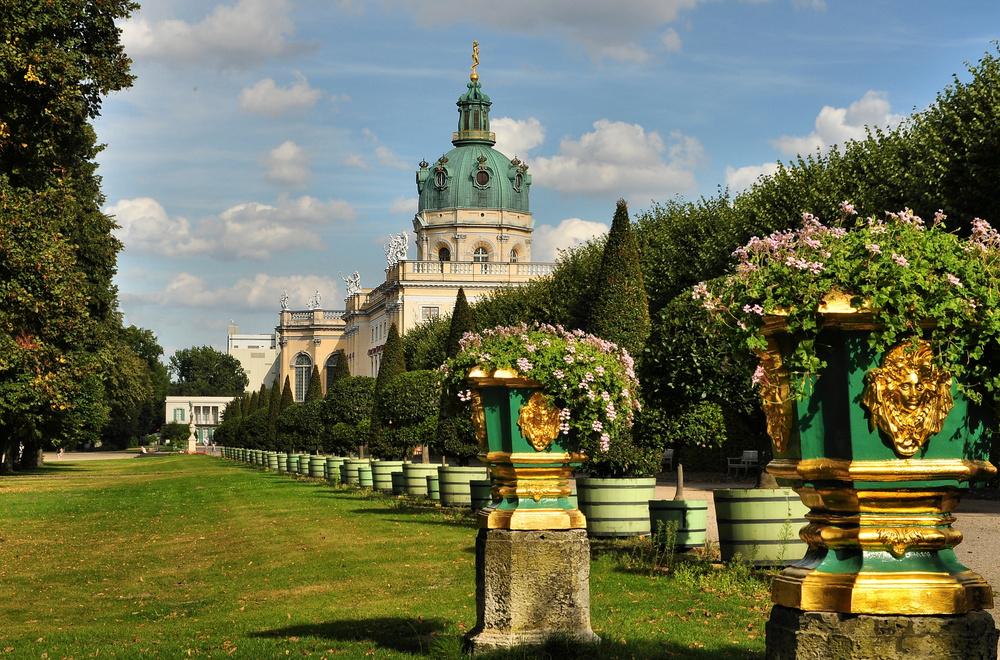Schloss Charlottenburg...........