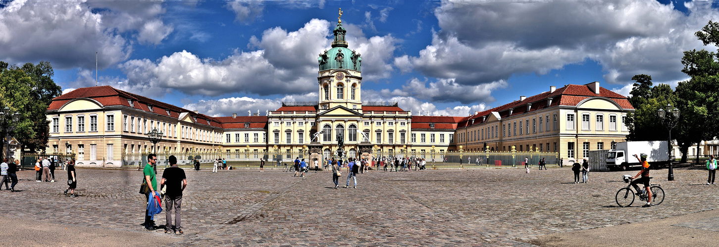 Schloss Charlottenburg.......... Panorama