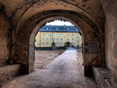 Schloss Dyck - Blick auf die Hochburg