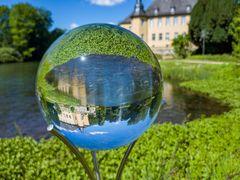 Schloss Dyck in der Glaskugel