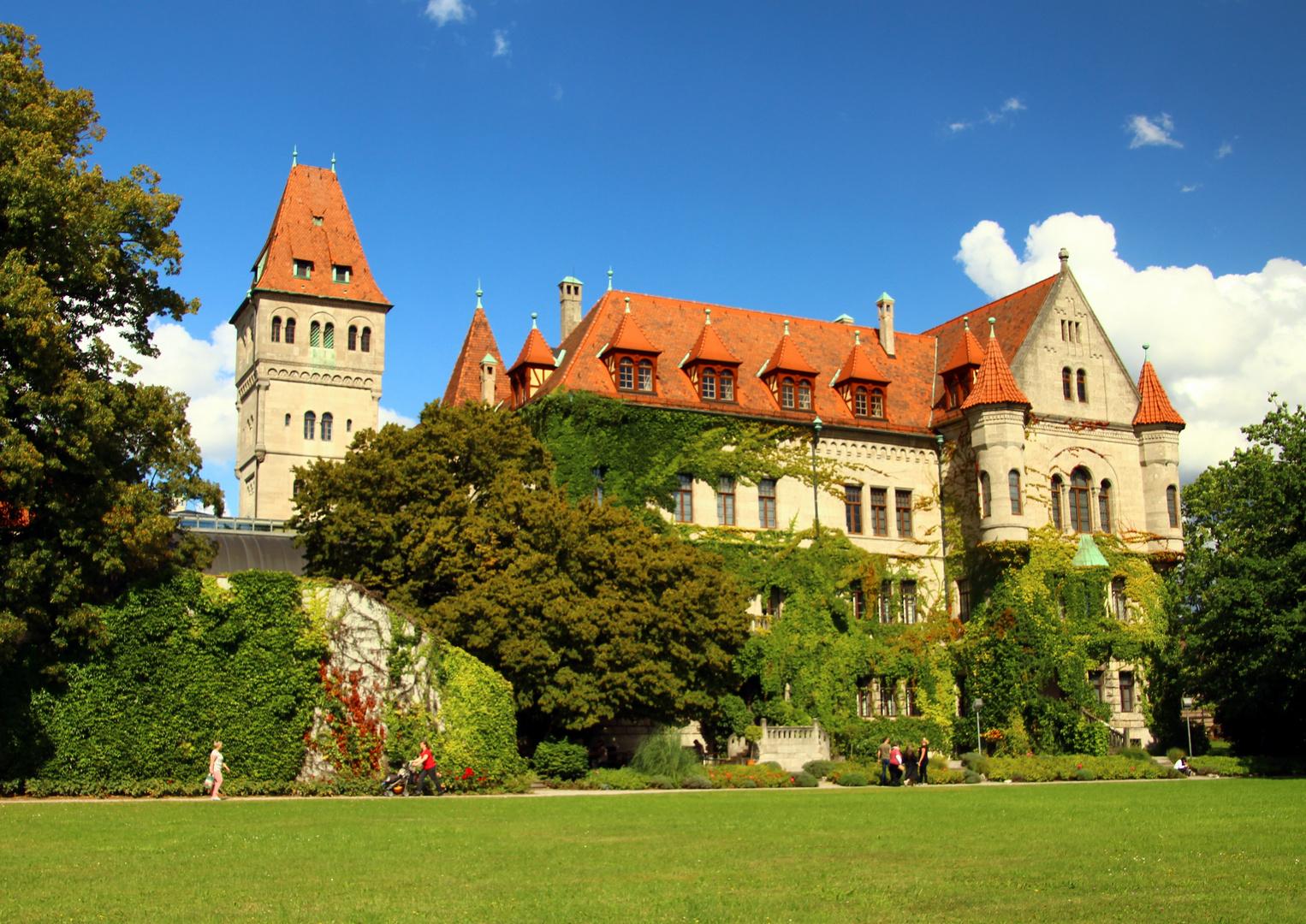 Schloss Faber Castell in Stein bei Nürnberg Foto & Bild | stein ...