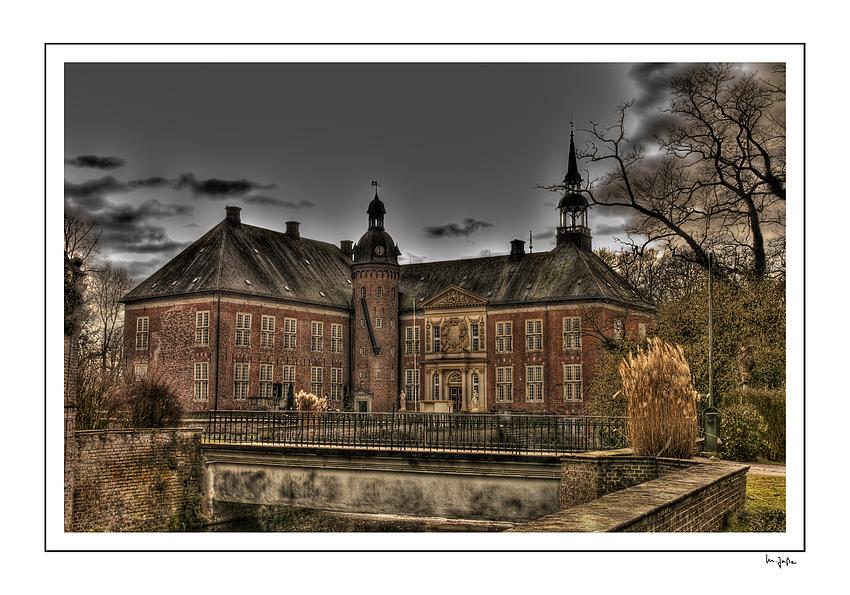 Schloss Gödens ...