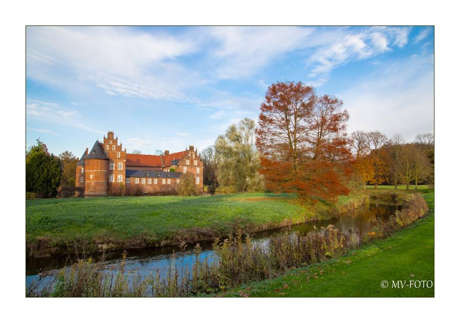 Schloss Herten mit Park und Gräfte