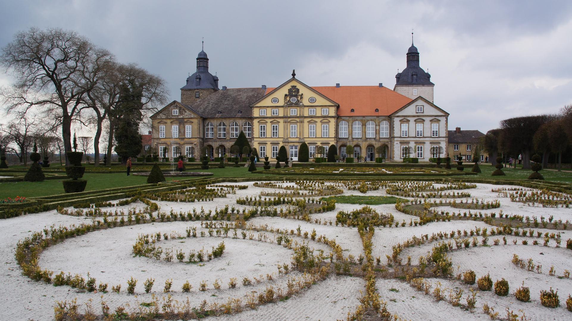 Schloss Hundisburg in diesen Tagen