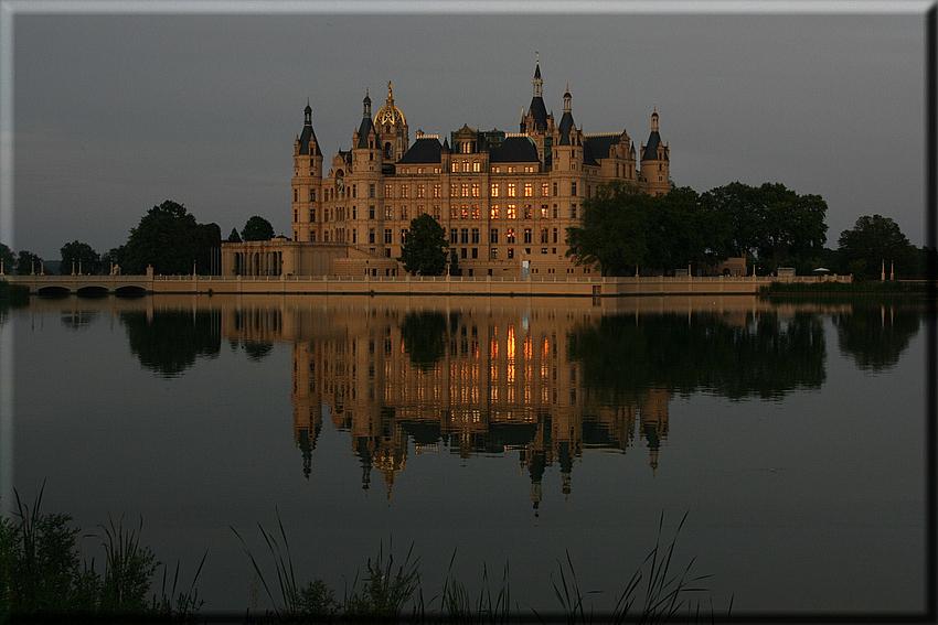 Schloss im Abendlicht