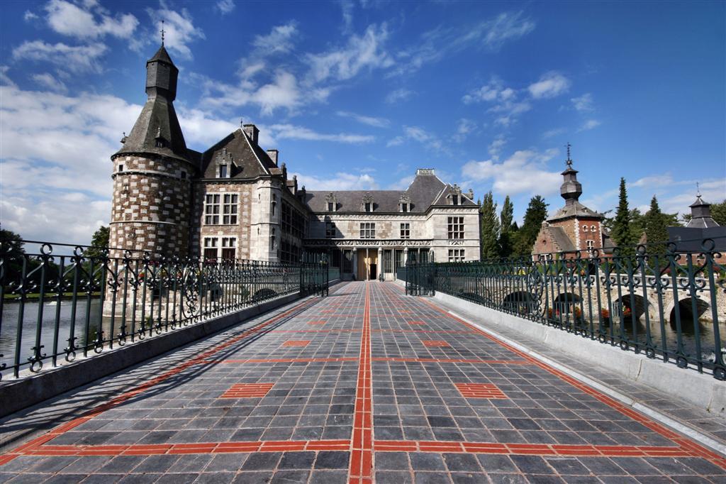 """Schloß """"Jehay"""" in der Wallonie (Belgien)"""