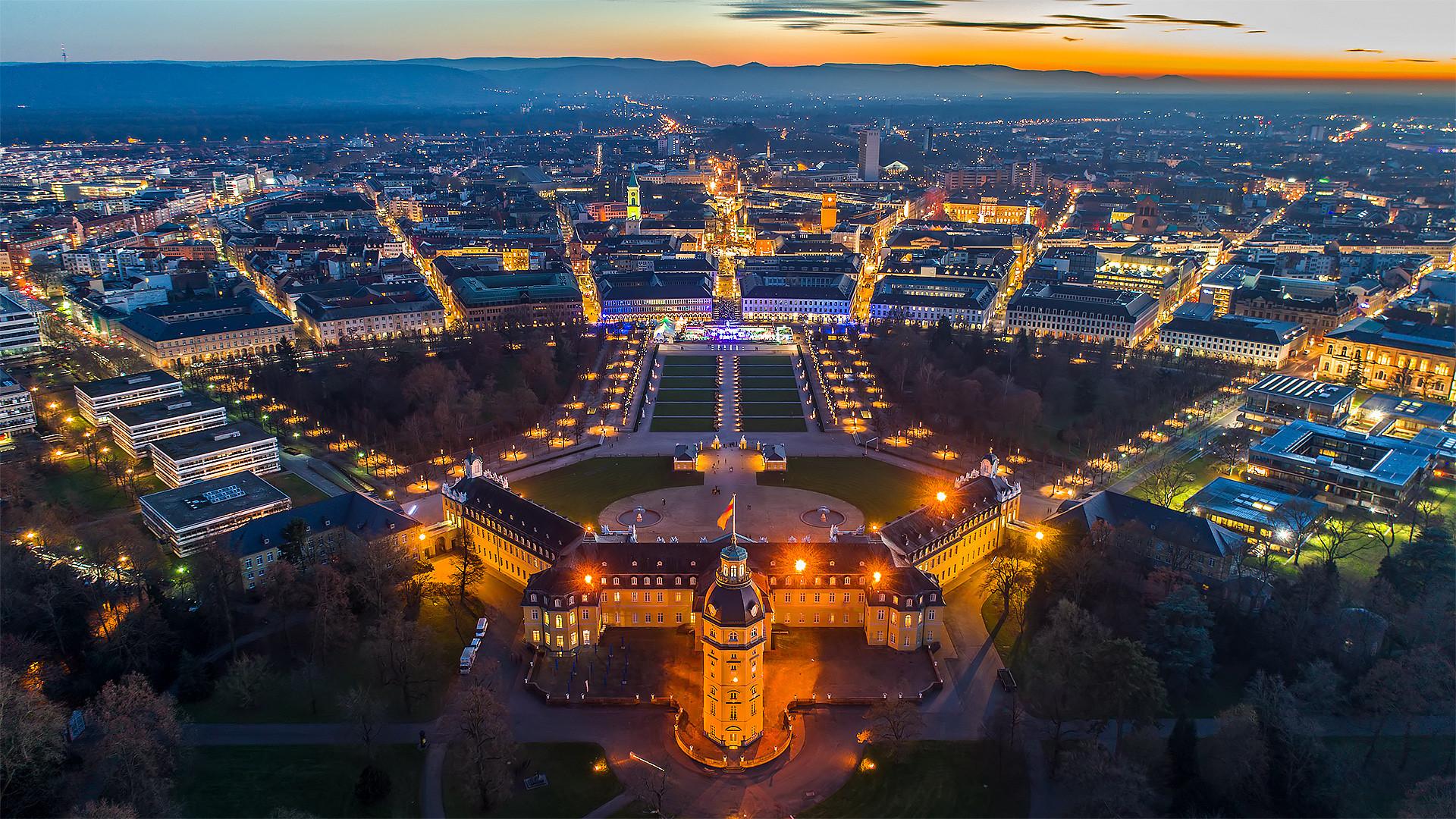 Schloss Karlsruhe @ Night (Remastering Version)