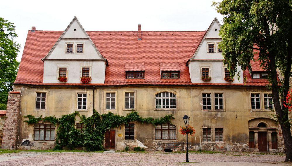 schloss k then steinernes haus foto bild deutschland europe sachsen anhalt bilder auf. Black Bedroom Furniture Sets. Home Design Ideas
