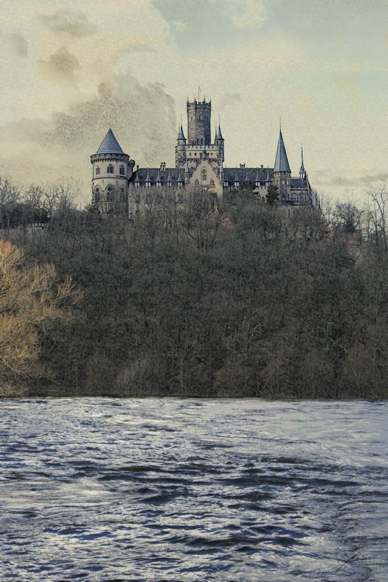 Schloss Marienburg (Montage)