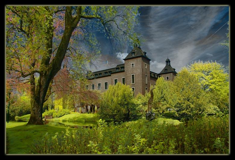 Schloss Neersen <Infrarot Sandwich>