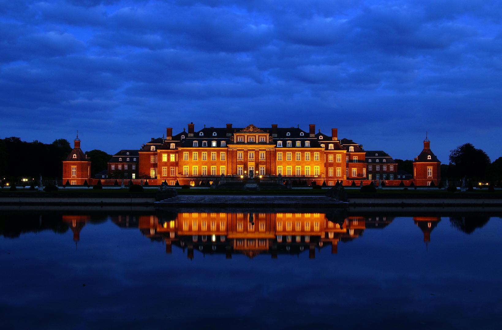 Schloss Nordkirchen zur blauen Stunde.