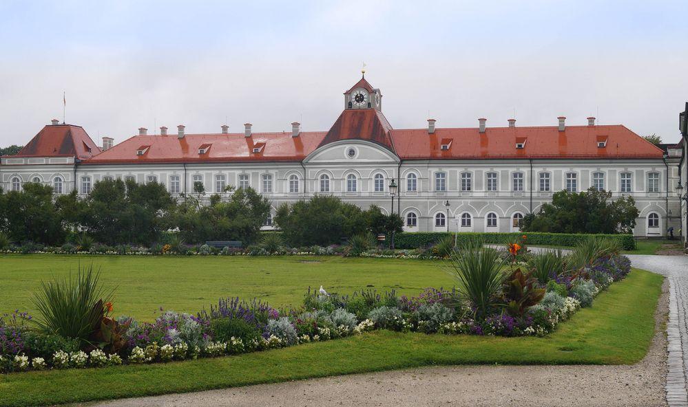 Schloss Nymphenburg nach Regen