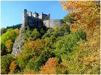 Schloss *OBERSTEIN* im Herbst