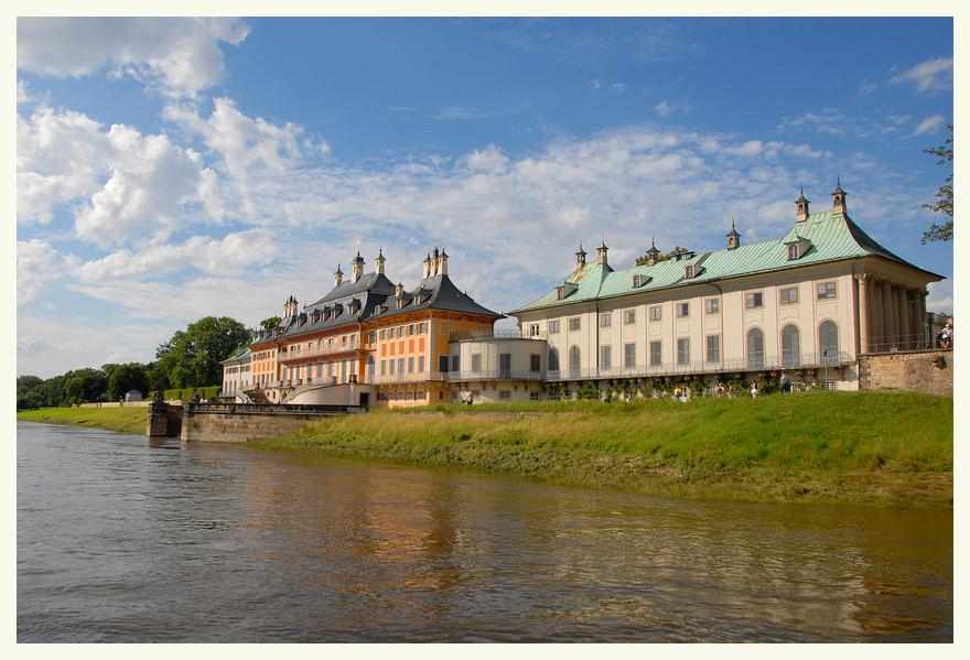 Schloss Pillnitz Wasserseite **