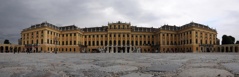 Schloss Schönbrunn . . .