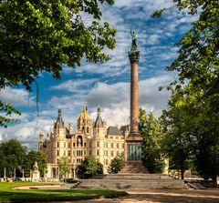 Schloss Schwerin... #08 - Siegessäule