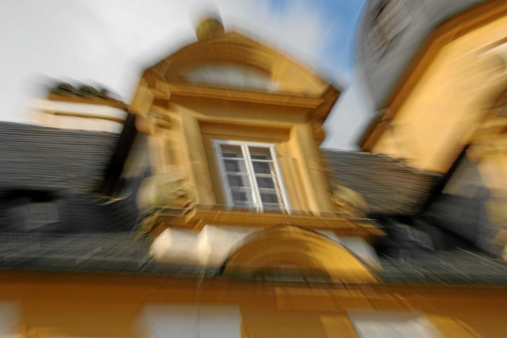 Schloss-Seehof gezoomt 1
