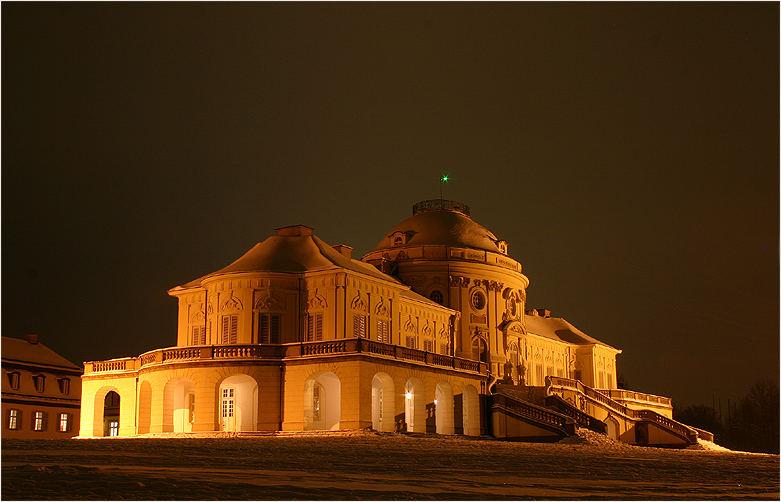 Schloss Solitude bei Nacht