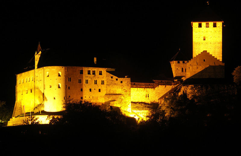 Schloss Tirol (Dorf Tirol bei Meran/Südtirol)