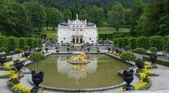 Schloss und Park Lindenhof