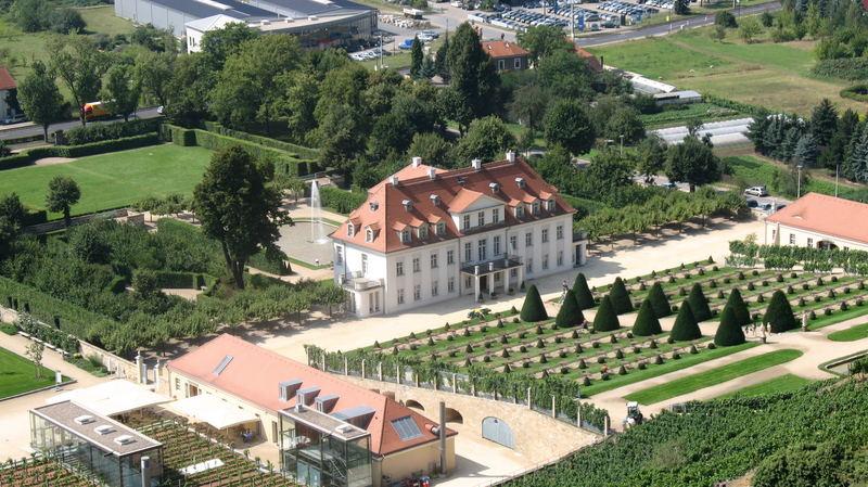 Schloss Wackerbarth (Hinteransicht)