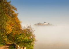 Schloß Waldeck im Nebel
