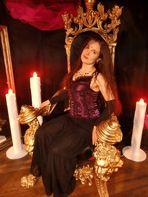 Schlossbewohner -   Princess of Darkness