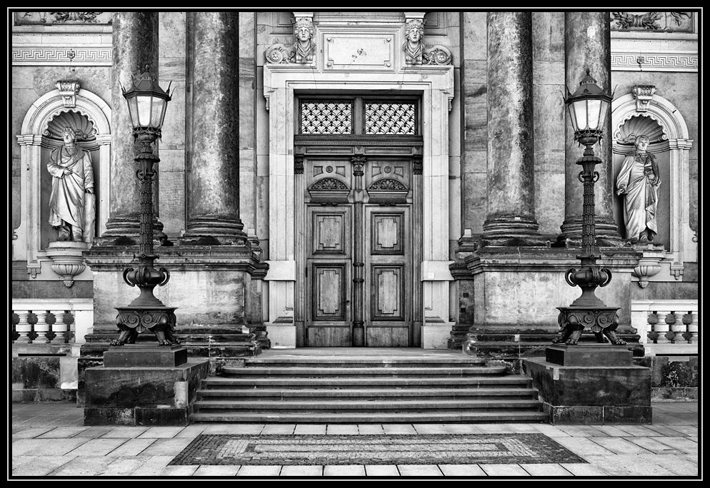 Schloßeingang in Dresden