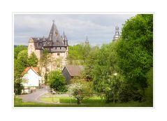 < Schlosshotel Romrod >
