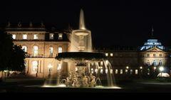 Schlossplatz am Abend........