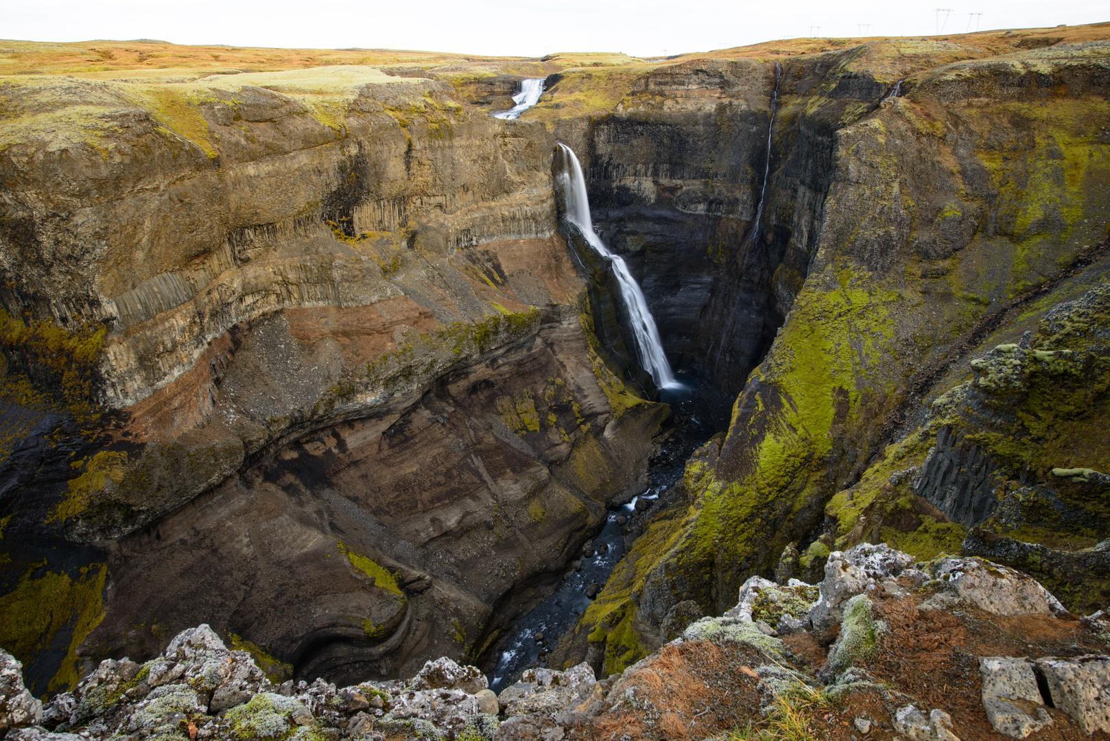 Schlucht des Haifoss Wasserfalls