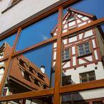 Schmalstes Haus von Ulm im Spiegel