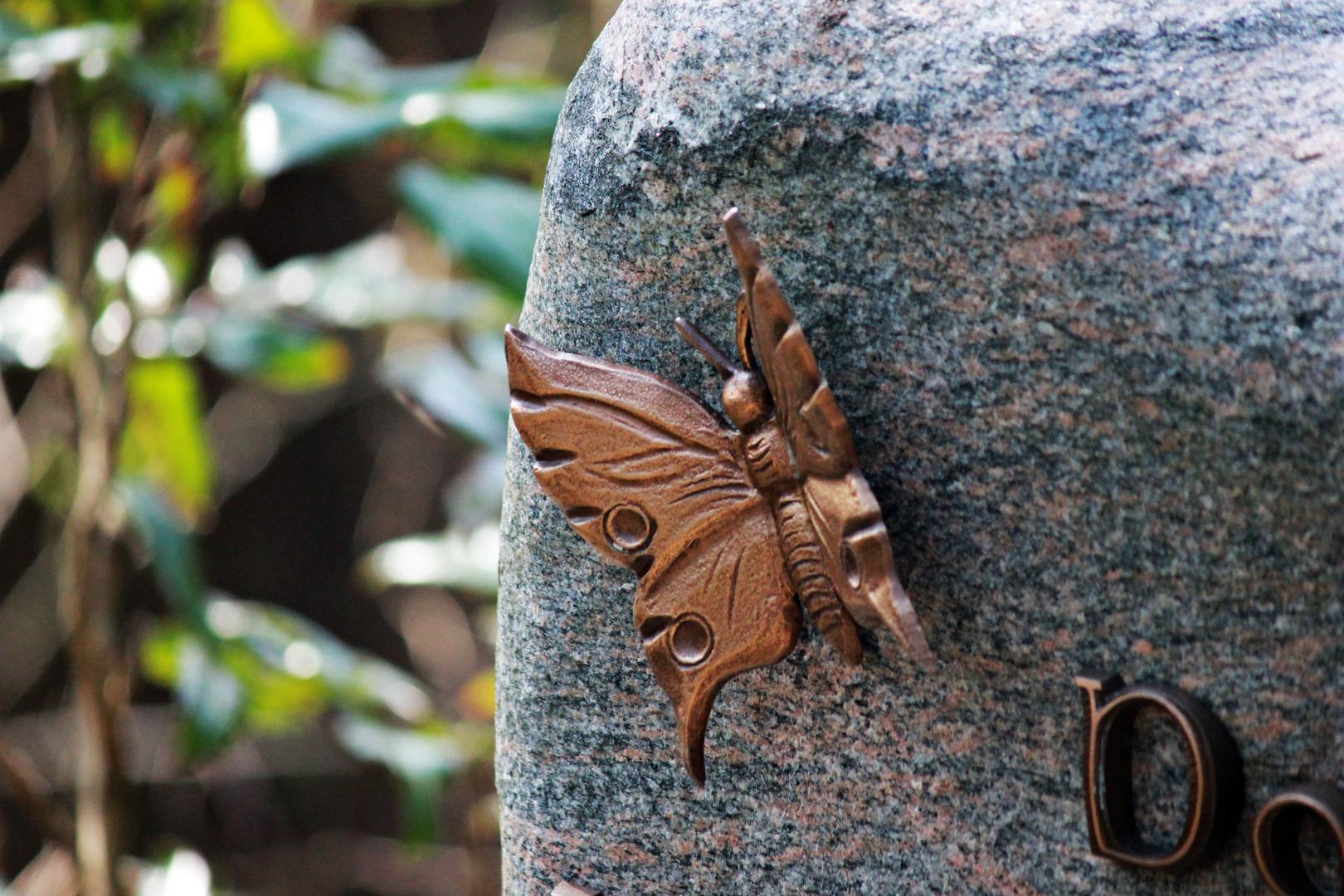 Schmetterling - Grabstein