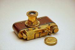 Schmuck-Leica
