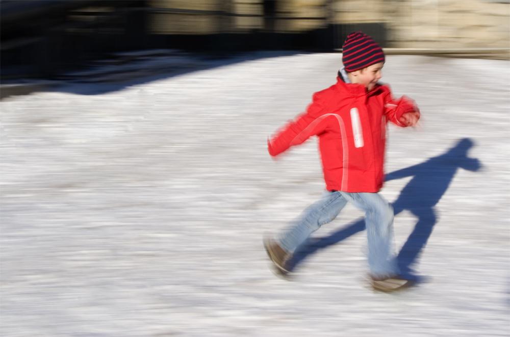 Schnee macht Kinder froh