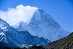 Schneefahne am K2
