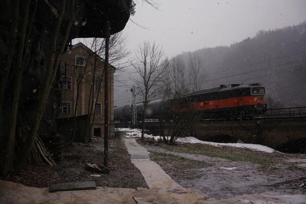 Schneefall am Morgen