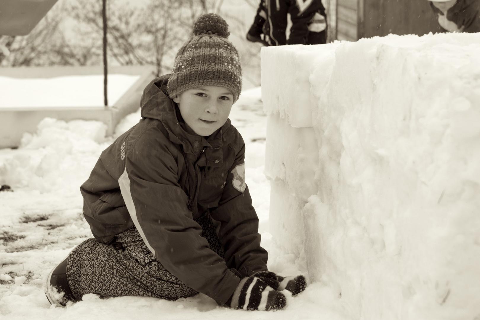 Schneehausbau