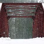 Schneetreiben auf der Brücke