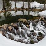 Schneezauber am Teich