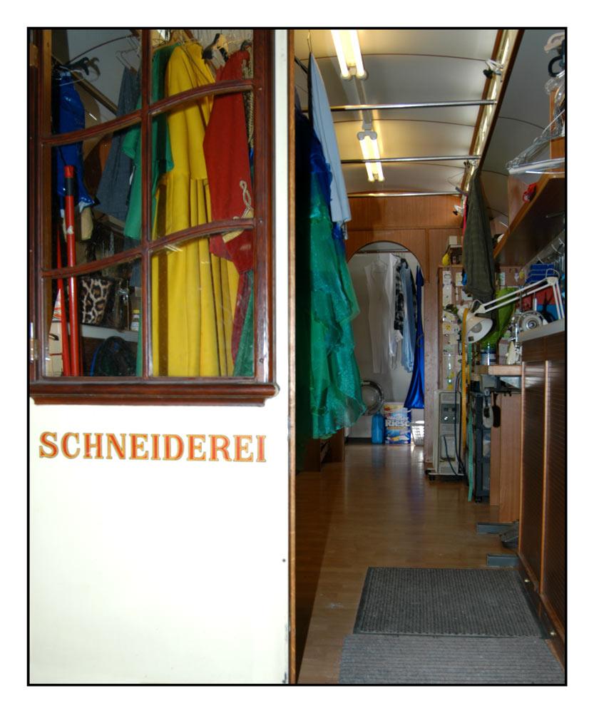 - Schneiderei -