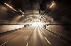 Schnell durch den Tunnel
