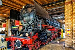 Schnellzug Lok 01-1082
