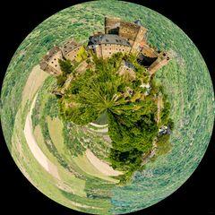 Schönburg bei Oberwesel (2) - Little Planet