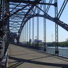 Schöne alte Brücke in Hamburg