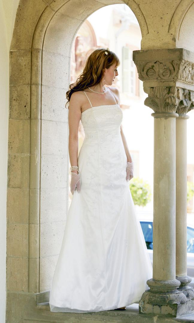 schöne Braut.............